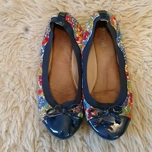 Sperry floral flats
